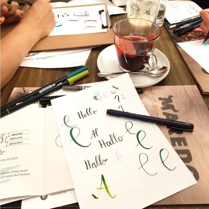 Handlettering lernen Workshop Mädelsabend Dresden Moritzburg